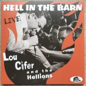HELL IN THE BARN:LIVE