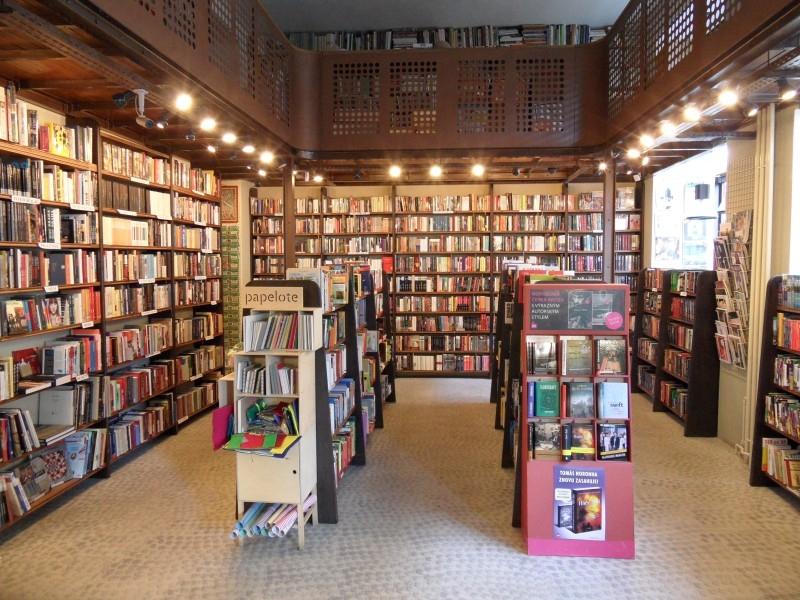 Knihkupectví a antikvariát Spálená 53